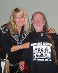 Suzy Chaffee and Willie Nelson
